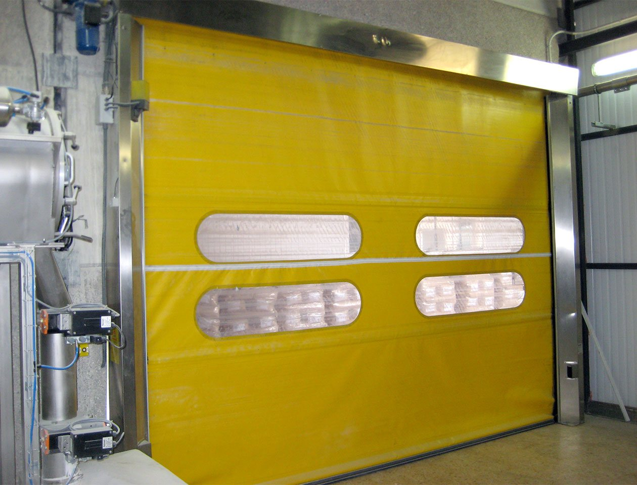 vr thermal break door in yellow